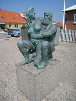 http://samlingen.koes.dk/assets/8930/medium/Thyboroen%20Poulsen%20Erik%20(3).jpg?1297236061